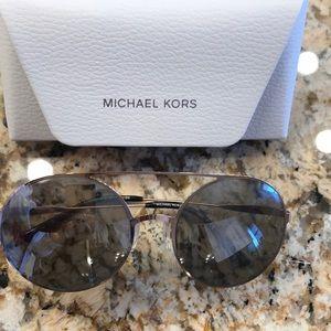 Michael kors sunglasses rose gold frame